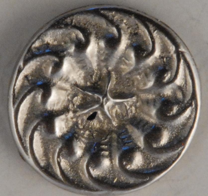 118 L, Swirl-star, Pewter Button