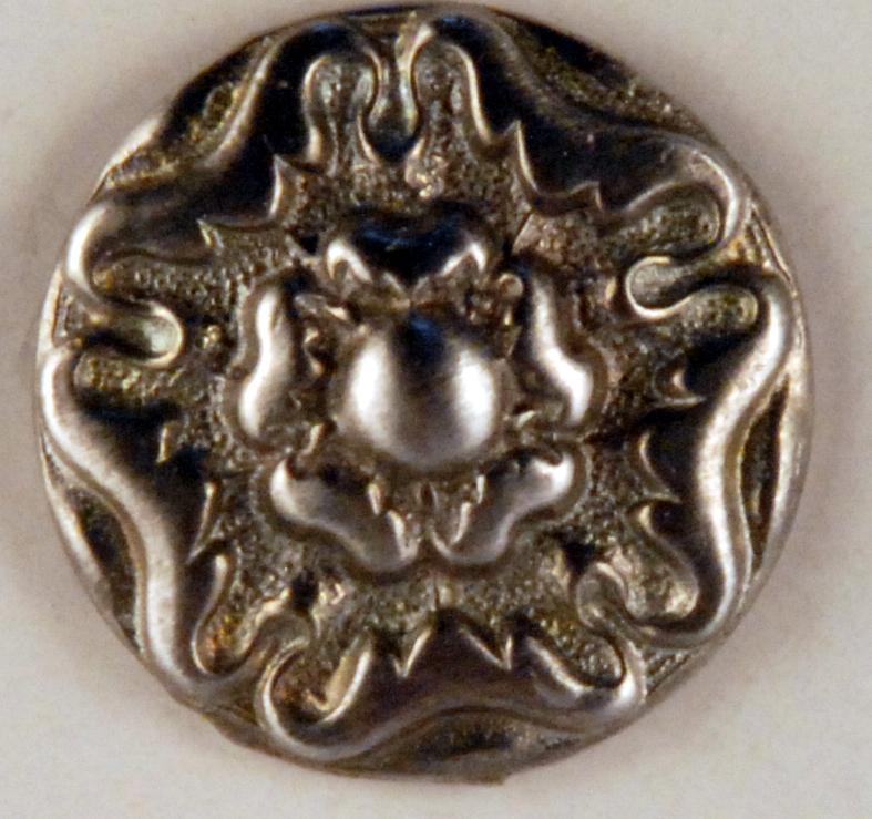 159 Floral Tudor design Pewter Button