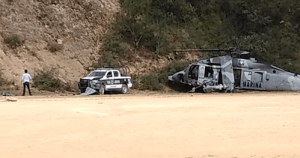 Mexican Navy Helicopter with Marines and Police Crashes Caught on Camera