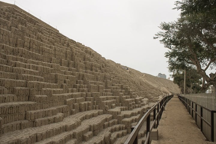 Huana Pucllana, Lima (visita a Huaca Pucllana, Huaca Huallamarca e Bosque El Olivar)