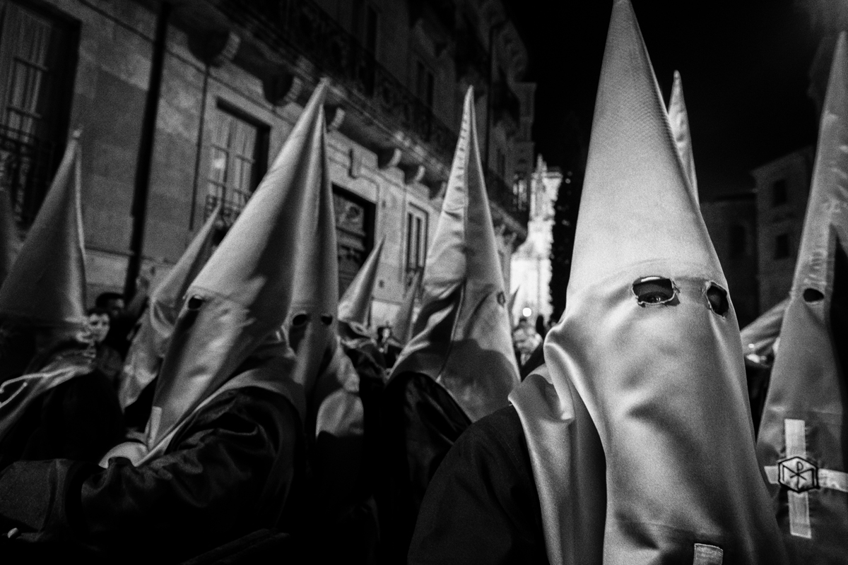 Striking Salamanca - Shooting the Holy Week with the Fuji X series