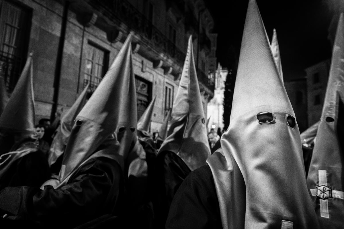 Striking Salamanca - Shooting the Holy Week with the Fuji X series