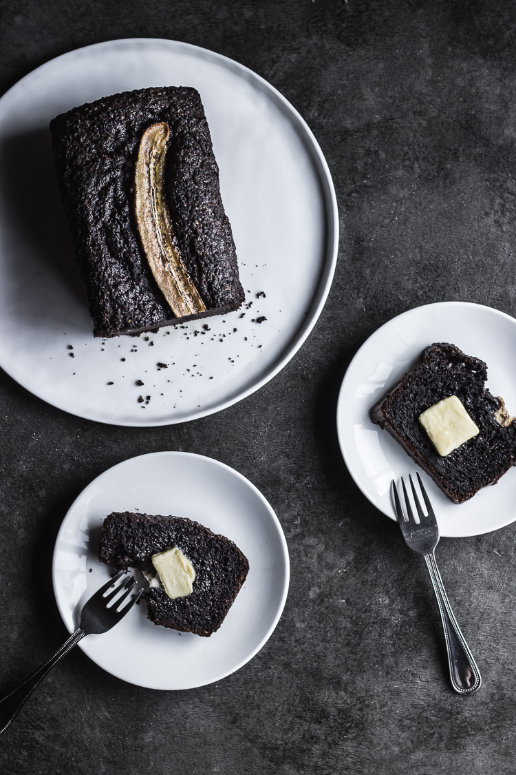 BLACK SESAME CHOCOLATE BANANA BREAD