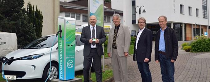 Christoph Hau, Bürgermeister Peter Meinecke, Haupt- Und Personalamtsleiter Leander Mehler Und Sachgebietsleiter Martin Görnert.