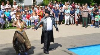 Kreative Tanzperformance im Grezzbachpark Künzell