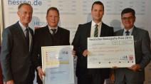 """Von links: Staatsminister Axel Wintermeyer, Knut John, Klaus-Peter Keil und Alexander Noll Nonn vom Konzept """"tegut…Lädchen""""."""