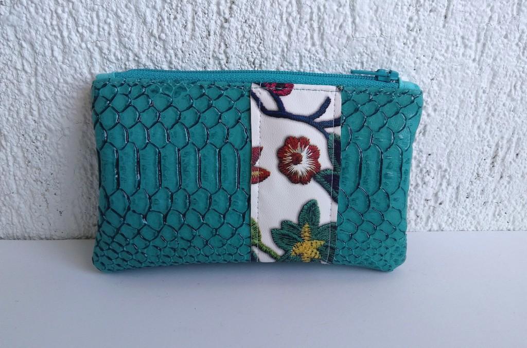 Porte-monnaie turquoise fleurs