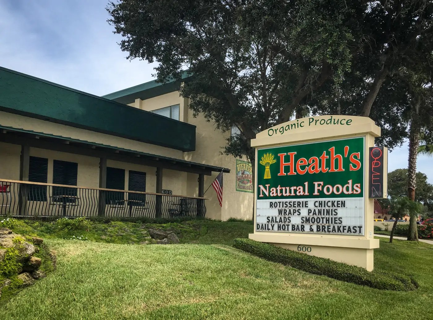 Vegan On The Road: Heath's Natural Foods, New Smyrna Beach, Florida