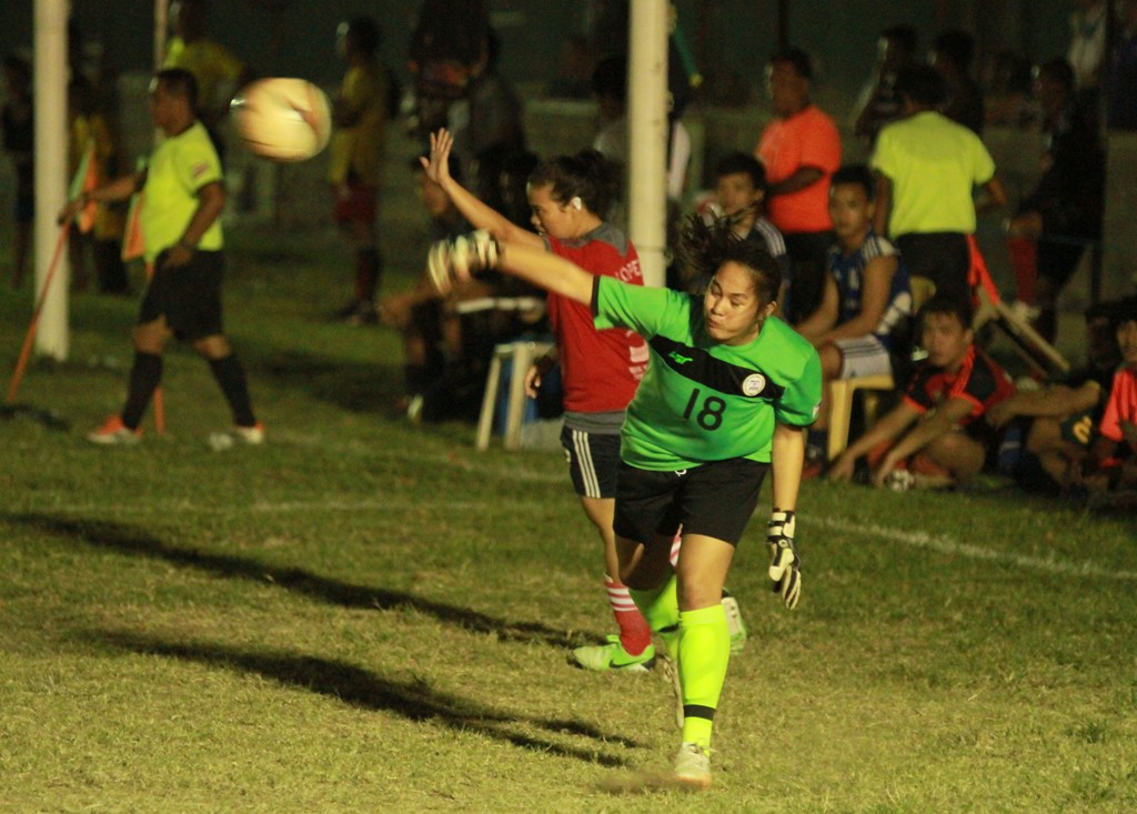 The ERCO A ladies team goalie in action.