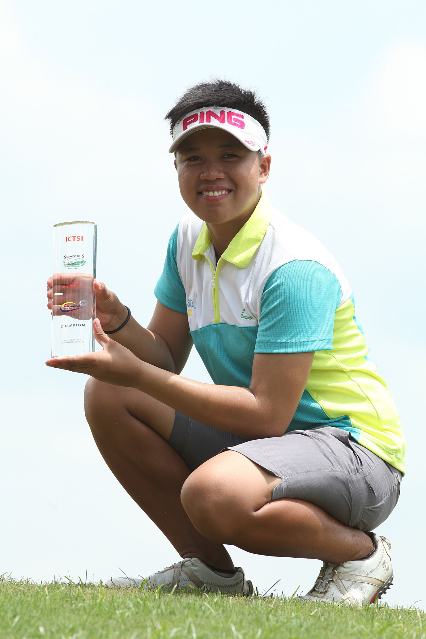 Sarah Ababa hoists her first ICTSI LPGT trophy after topping the Sherwood Ladies Championship.