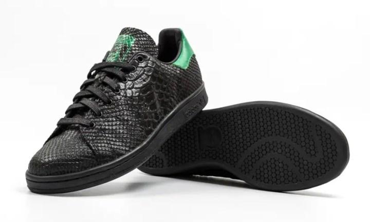 """海外展開!アディダス オリジナルス スタンスミス """"ブラック スネーク"""" (adidas Originals STAN SMITH """"Black Sneke"""") [S80022]"""