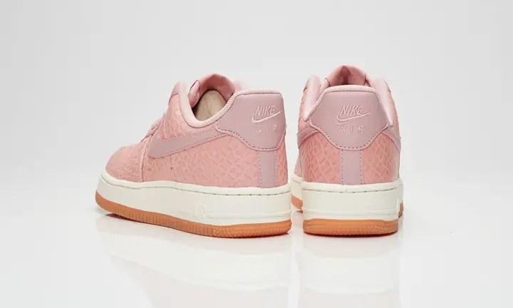 """ナイキ ウィメンズ エア フォース 1 プレミアム """"ピンク グレイズ"""" (NIKE WMNS AIR FORCE 1 PREMIUM """"Pink Glaze"""") [616725-601]"""