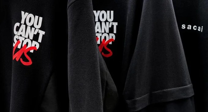 """""""You Can't Stop Us""""のグラフィックを使用したNIKE × sacai の限定コラボレーションアイテムが7/10 12:00オンラインにて発売 (ナイキ サカイ)"""