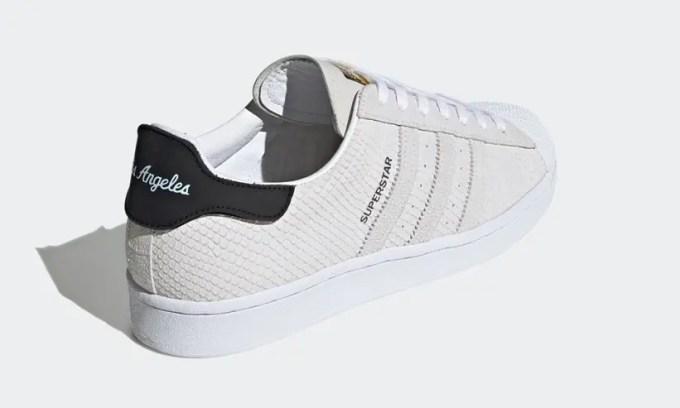 """8/1発売!世界6都市名の付け替え可能なヒールタブ adidas Originals SUPERSTAR """"City Pack"""" (アディダス オリジナルス スーパースター """"シティパック"""") [FV2822]"""