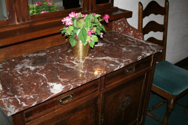 Nice marble top.