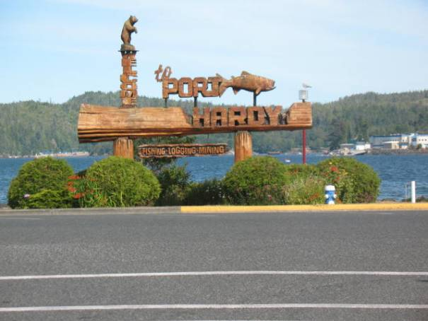 Great wood signs everywhere.  One of two huge wooden carved signs welcoming us to Port Hardy.