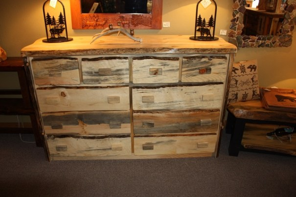 Chest of drawers, really nice and very well made.