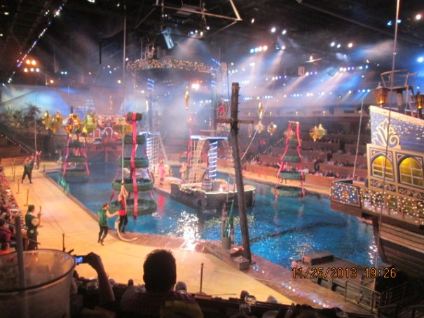 It is a Pirate's of the Caribbean meets Cirque Du Soleil kind of a dinner show.