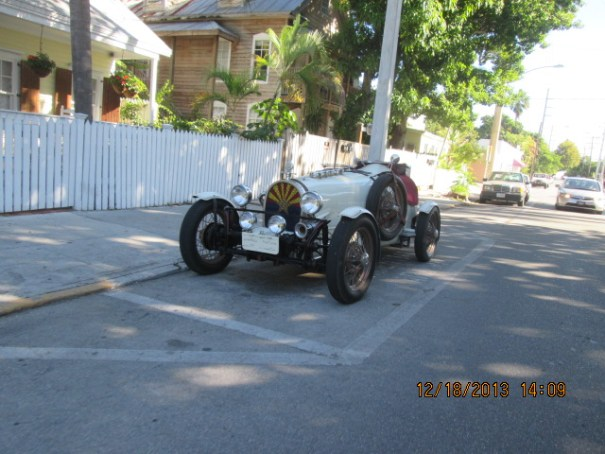 Nice old car.