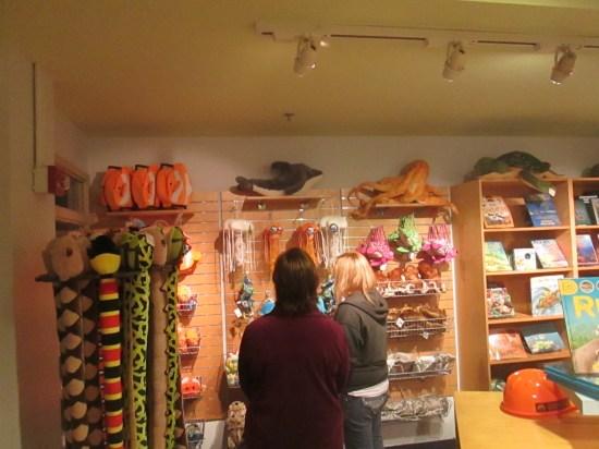 Edie and Lex shopping.