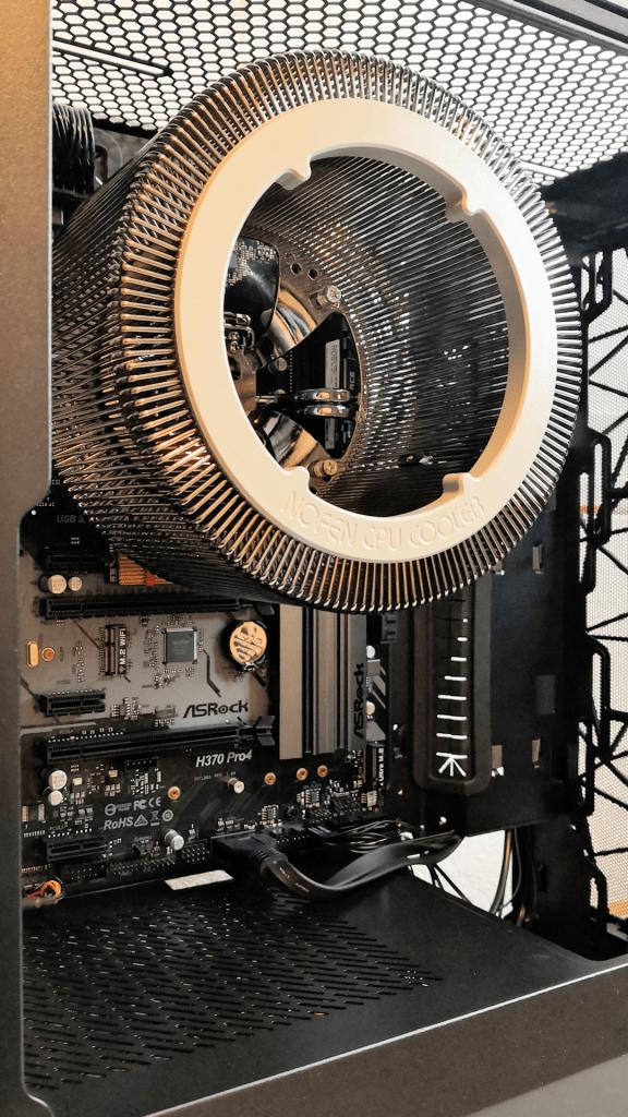 Stripped Down Fractal Design Meshify C Case