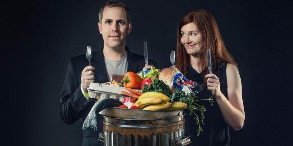 格蘭特鮑德溫和珍仁羅絲特米爾靠吃丟棄食物生活了六個月。www.foodwastemovie.com