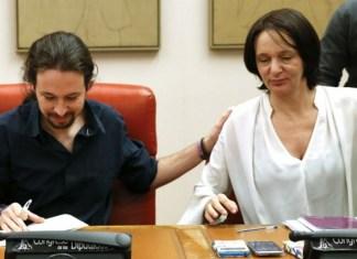 Pablo Iglesias y Carolina Bescansa