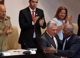 El castrismo encarga un lavado de cara cosmético para Cuba a Miguel Díaz-Canel