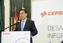 Lyu Fan, embajador de China en los desayunos informativos de Executive Fórum