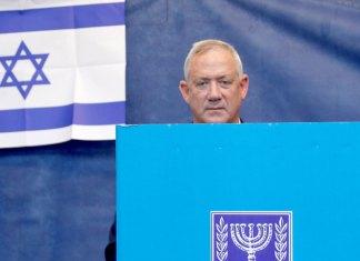Tiempo de cambio en Israel con incendio al fondo
