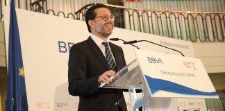 El consejero de la Hacienda de la Comunidad de Madrid defiende los impuestos bajos para generar crecimiento económico, empleo y oportunidades