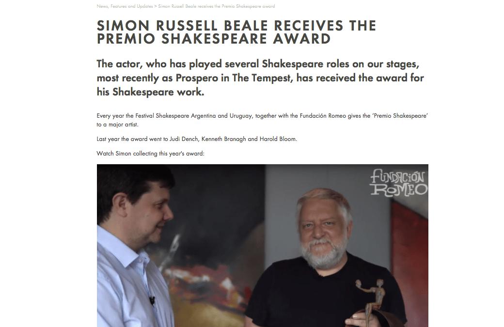 La Royal Shakespeare Company anuncia el premio que le entregamos a Simon Russell Beale.