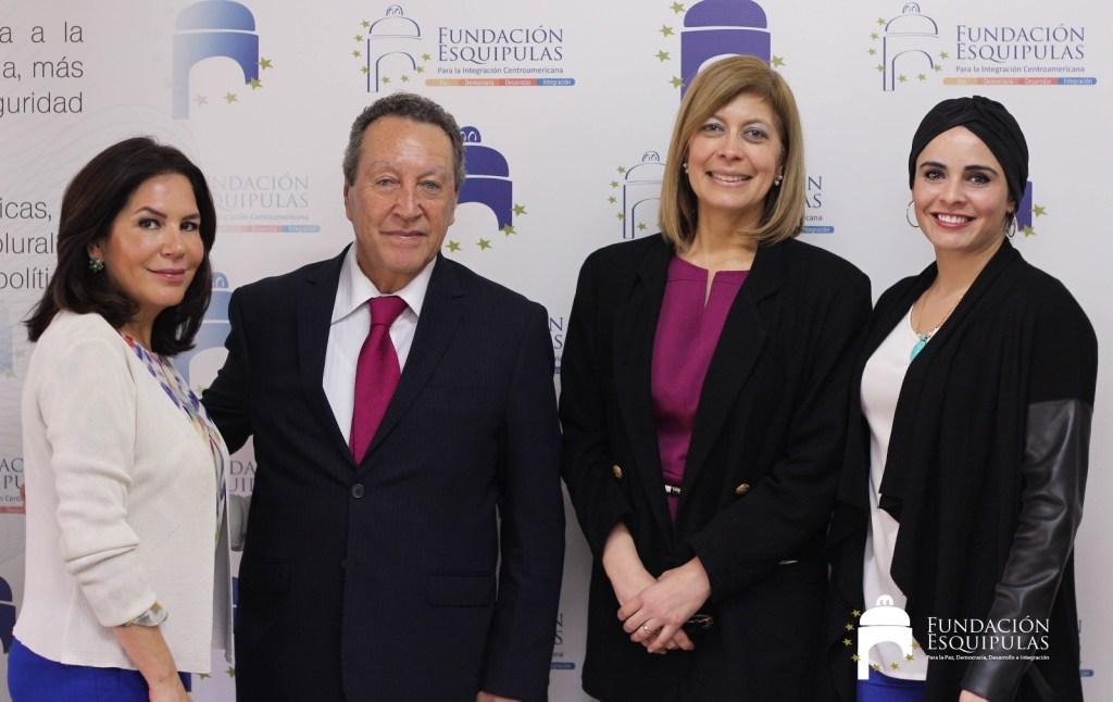 Visita Oficial de la Excelentísima Señora Embajadora de Honduras Vivian Panting