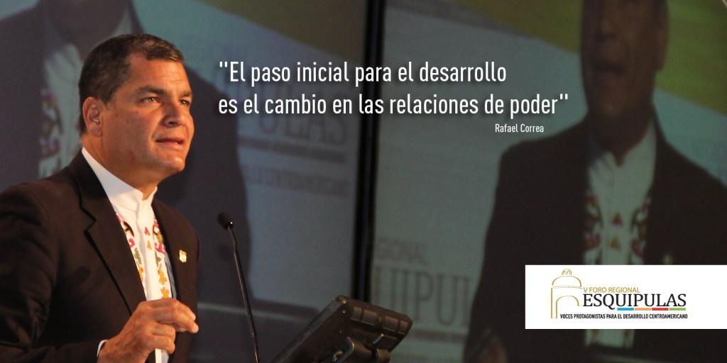 """Rafael Correa: """"El Desarrollo como Proceso Político"""""""