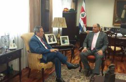 Reunión del expresidente Cerezo y presidente de Costa Rica, Luis Guillermo Solís Promoviendo la concertación en CA