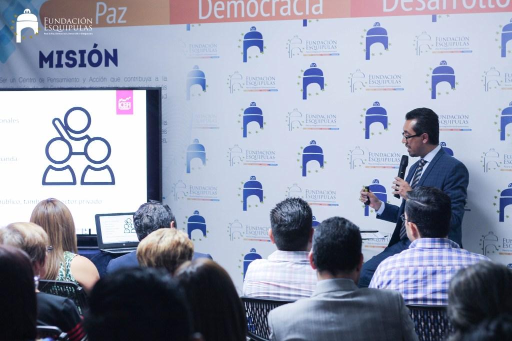 «Impacto de la corrupción en el Estado y la Sociedad» – Café para Todos