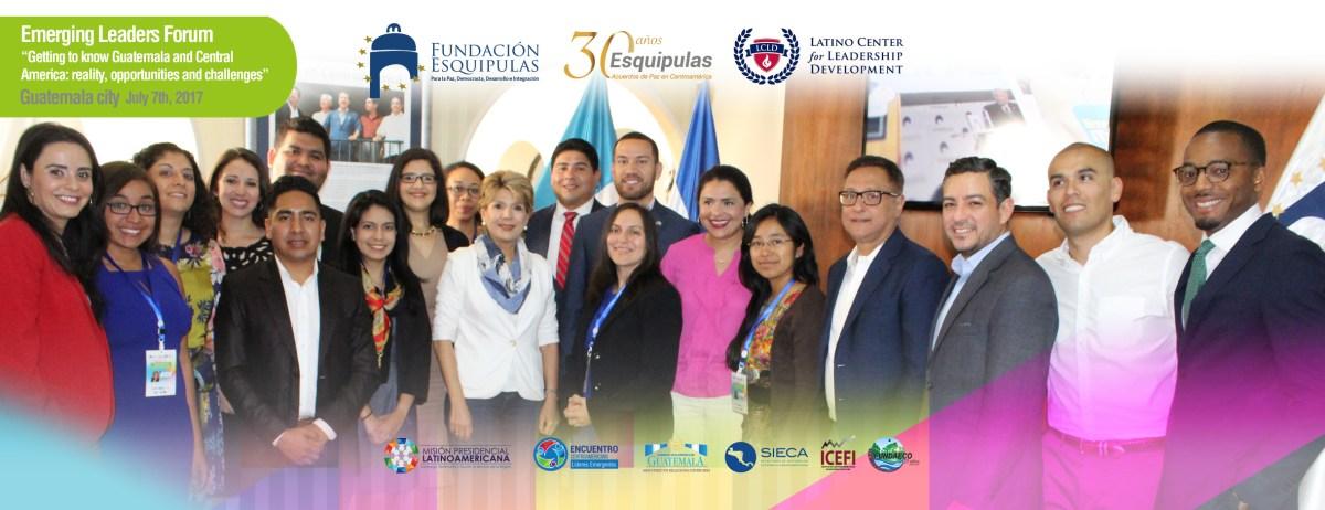 imagen pagina web fundacion -encuentro de jovenes latinos- foto de grupo-