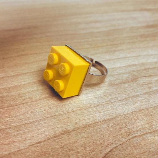 lego ring geel