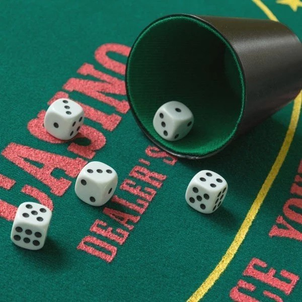 Poker Tärningsspel