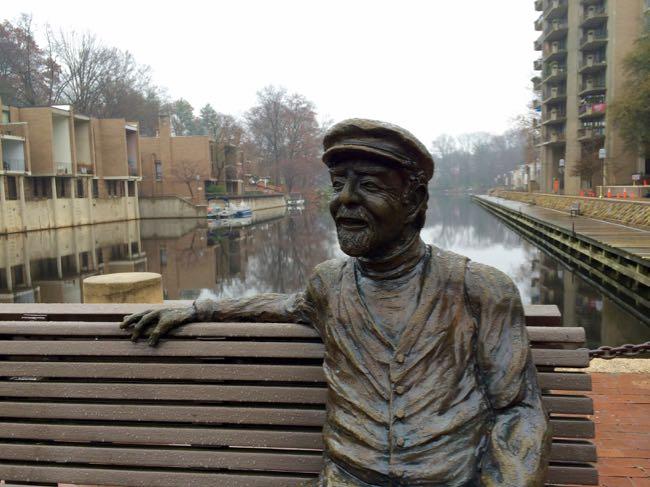 Robert E. Simon statue at Lake Anne Plaza