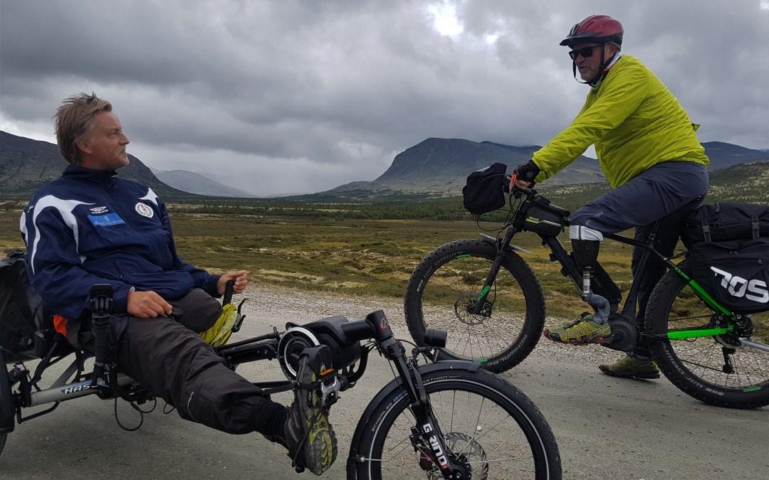 Tour de Dovre – Legless. Tre bein og fire sykler.