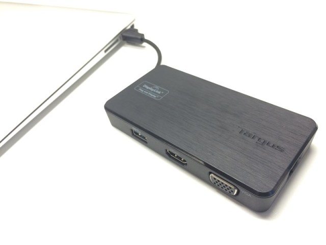 Targus Dock 110 - Universal USB Travel Docking Station