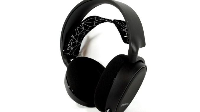 SteelSeries Arctis 5 Gaming Headset Review - FunkyKit