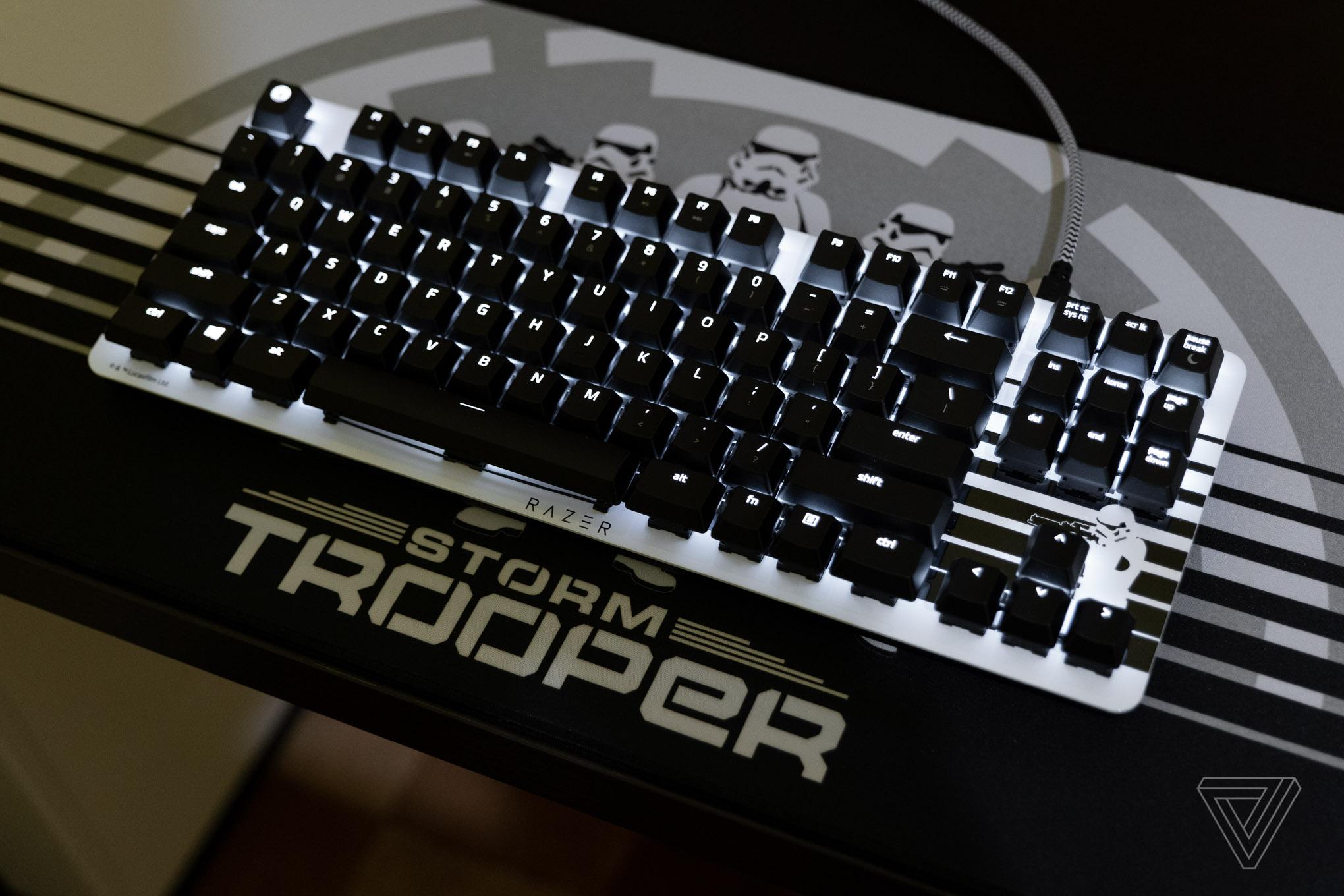razer_stormtrooper_1