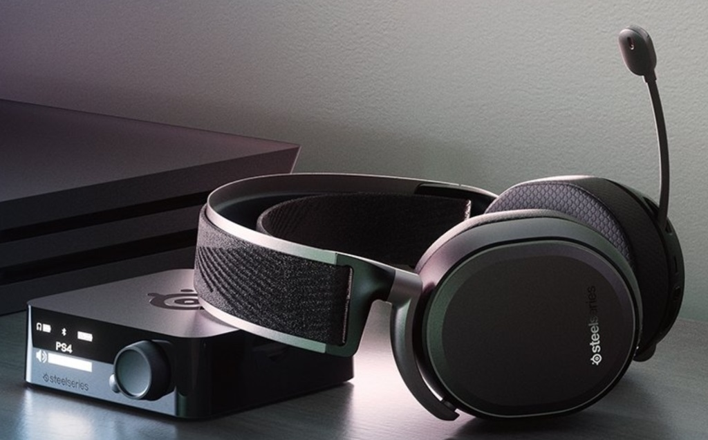 SteelSeries Arctis Pro Wireless Gaming Headset Review - FunkyKit