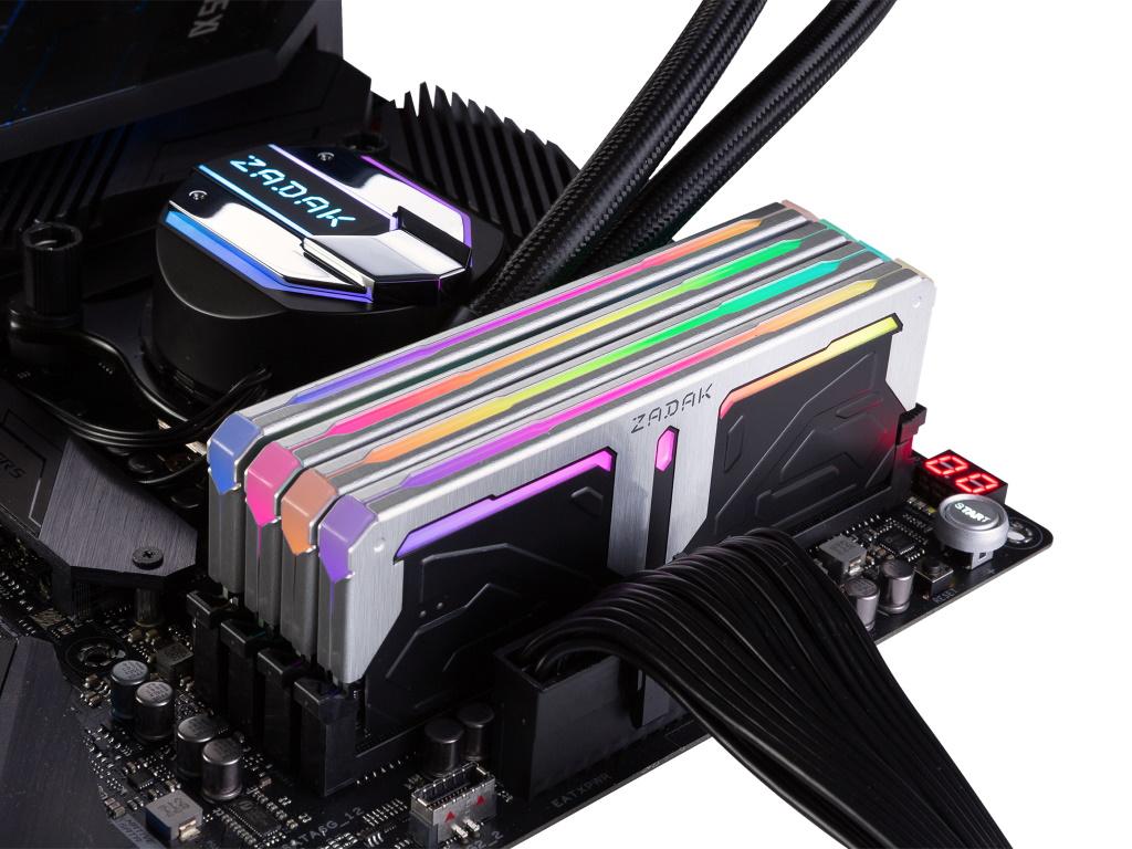 ZADAK SPARK RGB DDR4-8