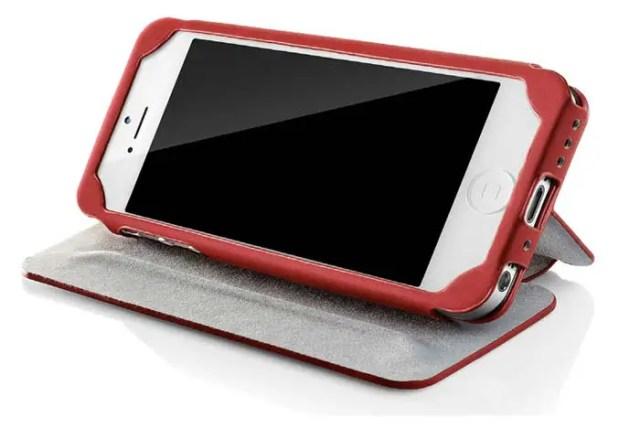 case-scenario-pantone-iphone-bookcase-1-FSMdotCOM