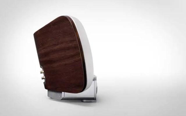 marantz-consolette-wireless-speaker-dock-5-FSMdotCOM