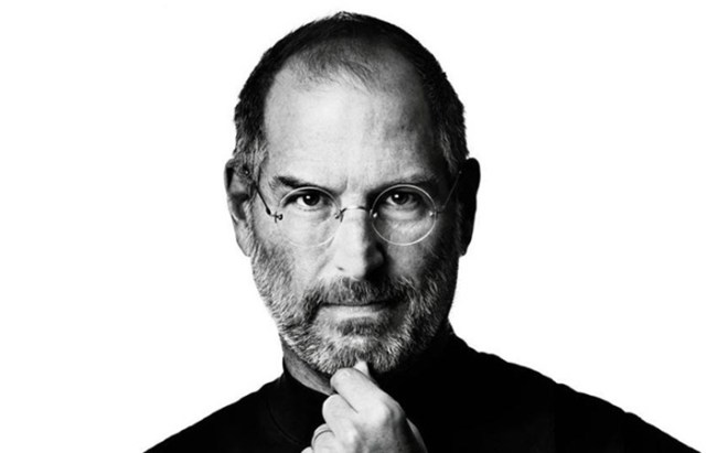 steve-jobs-introduces-wifi-to-the-world-FSMdotCOM