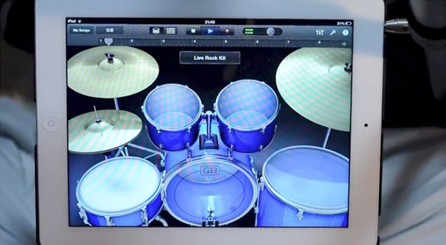 ipad-drum-solo-FSMdotCOM
